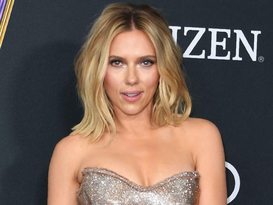 El Sensual Look De Scarlett Johansson En La Premiere De Avengers Endgame Hms Horas Minutos Y Segundos